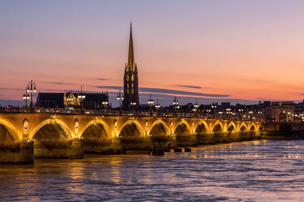 Pont de pierre - © Steve Le Clech